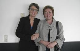 Mit Schanna Litwina, Vorsitzende des unabhängigen Belarussischen Verbands der Journalisten, am 9. April 2009 in Minsk