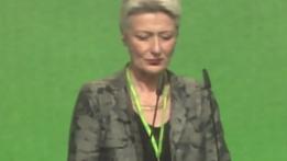 Marieluise Beck auf dem Parteitag im November